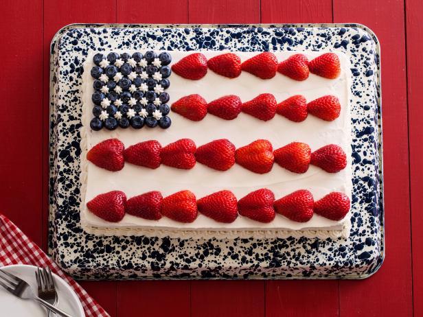 637109_flag-cake-03_s4x3.jpg.rend.snigalleryslide